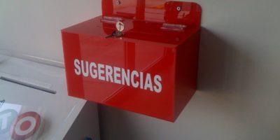 BUZON-SUGERENCIAS-ACRILICO-8